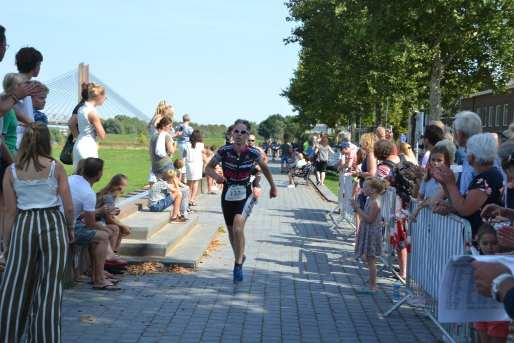 Finish Paul Meijering 20ste recreatieve 1/8 triatlon 2019